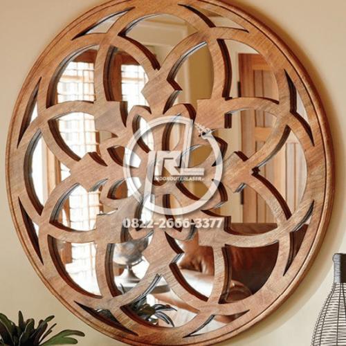 Bingkai Cermin Mandala Dekoratif